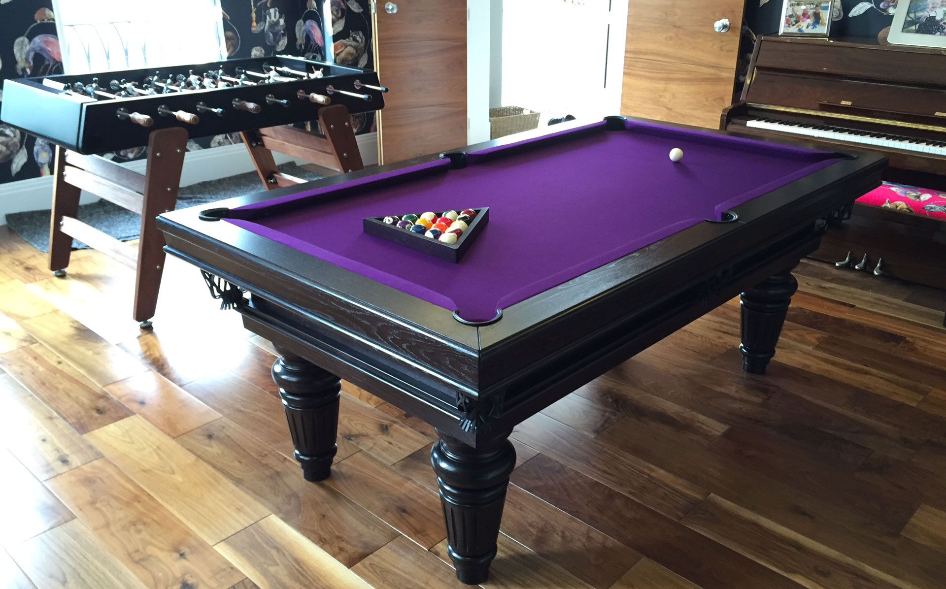 Traditional pool or snooker table luxury pool tables - Photos of pool tables ...