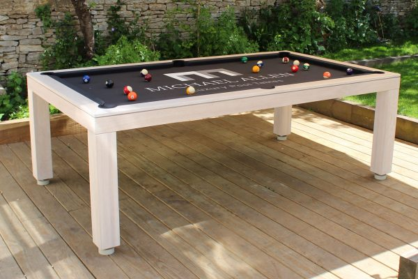OutdoorPoolTable9