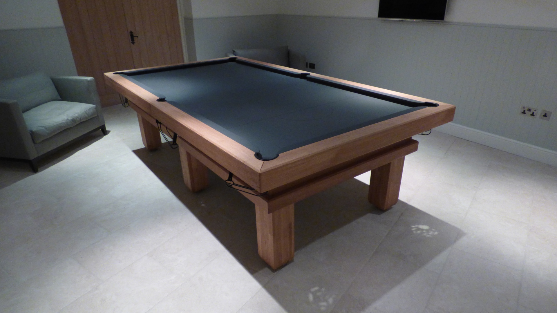Traditional Pool Or Snooker Table Luxury Pool Tables